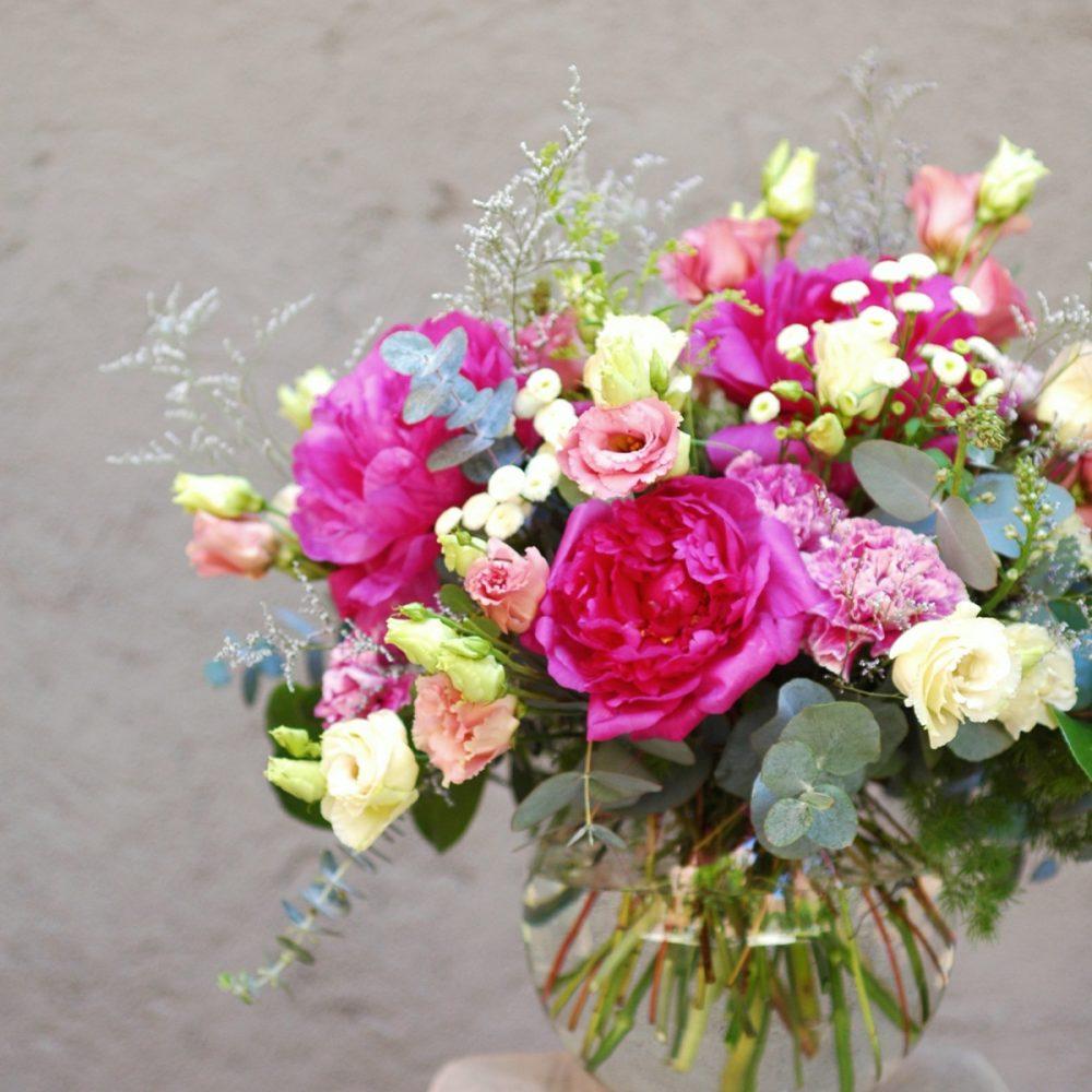 Centro de flores en esfera de cristal Arbolande