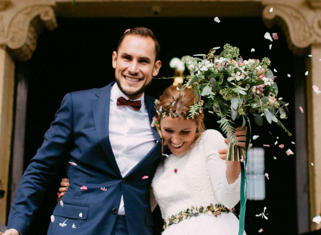 Arbolande-flores-boda-iglesia-entrada-Sara-y-Borja-Lalablu-Jairo-Crena