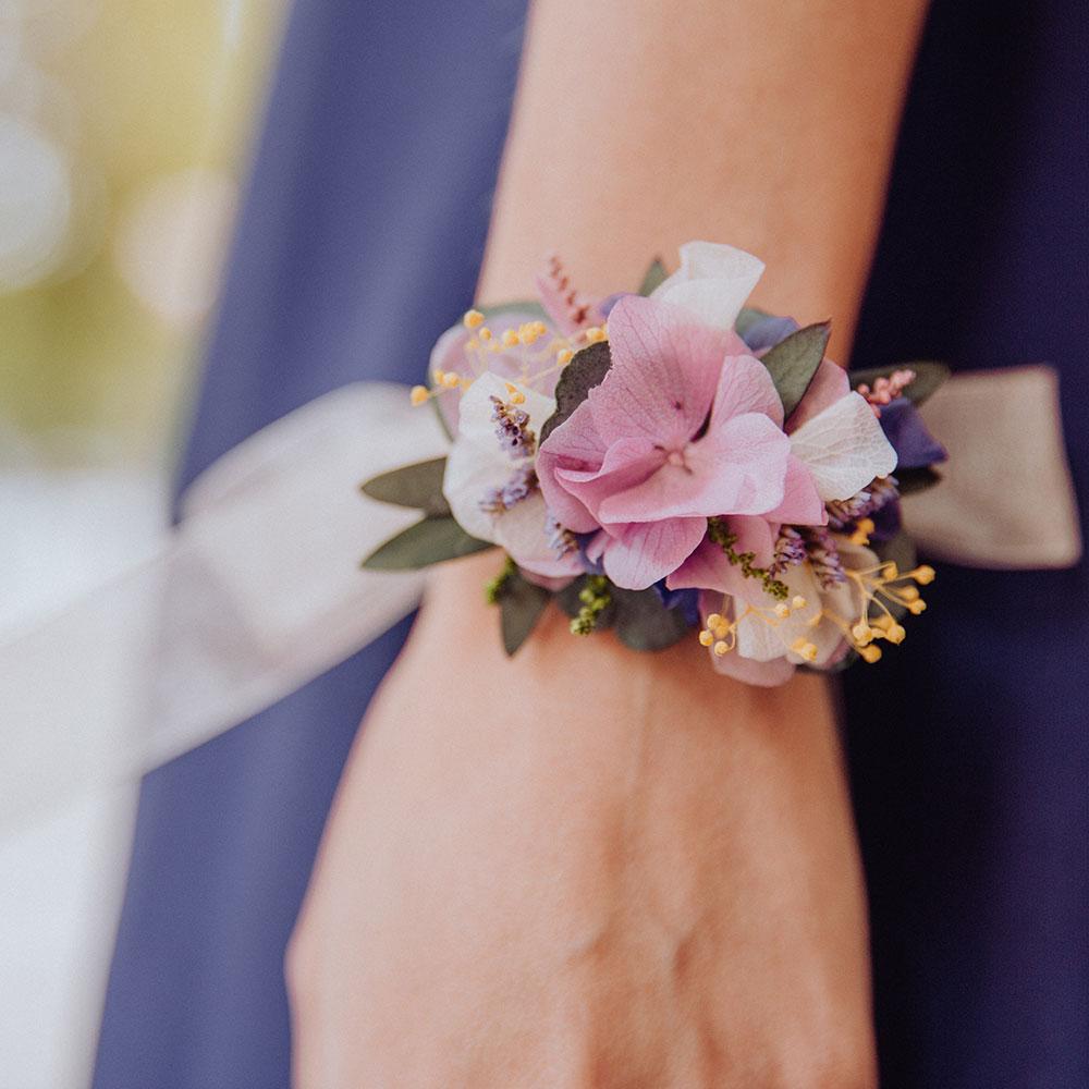 Pulsera de flores `preservadas
